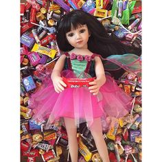 happy halloween! #love my candies  taking a kit kat break  #ballerina #funny #fun #latina #girl #photo #present #photogrid #photoshoot #candy #girl #girls #dolls #makeupdolls @kitkat check us out!  maruandfriends.com