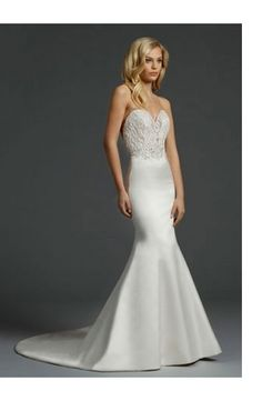 Sweetheart Mermaid Wedding Dress  with Natural Waist in Satin. Bridal Gown Style Number:33024266