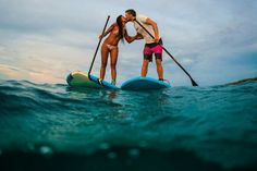 Surfing kiss