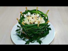 Nu aţi mai servit salata în așa fel, surprindeți-vă oaspeții , Salată în coşuleţ   Reghina Cebotari - YouTube Jamie Oliver, Seaweed Salad, Mai, Cabbage, Vegetables, Ethnic Recipes, Food, Youtube, Essen