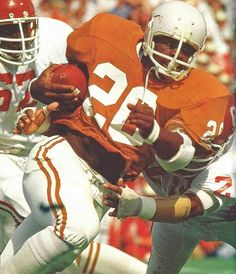 Earl Campbell, the Tyler Rose, and of the Houston Oilers. Texas Longhorns Football, Ut Longhorns, College Football Players, Nfl Football, School Football, School Sports, Earl Campbell, Houston Oilers, Sports Figures