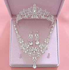 Wedding Jewellery Gifts, Prom Jewelry, Wedding Jewelry Sets, Wedding Sets, Wedding Necklaces, High Jewelry, Jewelry Stores, Bride Necklace, Necklace Set