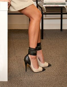 Tied to the desk. #fashion
