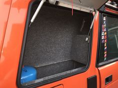 speaker box Land Cruiser Interior, Land Cruiser 80, Land Rover Discovery 1, Discovery 2, Land Rover Camping, Truck Camping, Defender Camper, Land Rover Defender, Suzuki Vitara 4x4