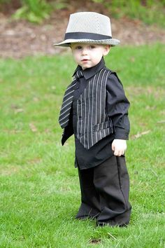 my son will look somethin like this on our wedding day with his hat an all :) so adorable