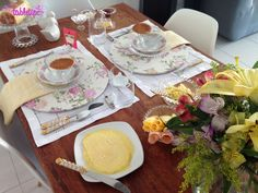 Breakfast & Flowers [http://www.tabletips.com.br]
