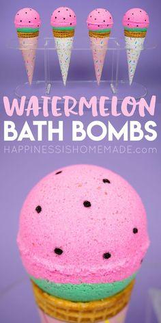 DIY beauty recipes and tips : Illustration Description Watermelon Bath Bombs: Learn how to make bath bombs with this easy homemade bath bomb recipe! Yummy scented watermelon DIY bath bombs make a great gift idea! via -Read More – Bath Boms Diy, Diy Beauty Projects, Art Projects, Cupcake Bath Bombs, Homemade Bath Bombs, Diy Bath Bombs, Shower Bombs, Bath Bombs Scents, Bombe Recipe