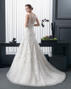 Rent or Buy Designer Bridal Dresses in Singapore.
