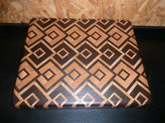 Another Sinister Cutting Board End Grain Cutting Board, Diy Cutting Board, Wood Cutting Boards, Chopping Boards, Woodworking Box, Woodworking Projects Plans, Wood Shop Projects, Carving Board, Wood Patterns