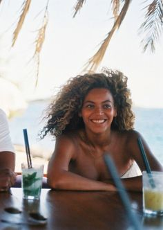 Natural Bey beauty.