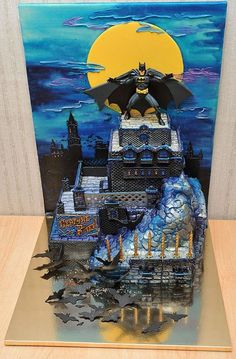 Batman cake, by Russian cake artist Jane Zubova of Artcake.ru.