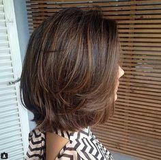 17.Kurze Geschichteten Haar