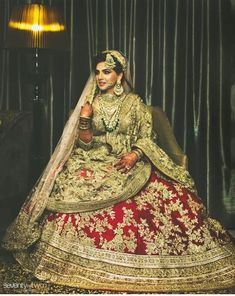 What a beautiful bride. Mehendi Outfits, Pakistani Wedding Outfits, Bridal Outfits, Bridal Dresses, Eid Outfits, Indian Bridal Lehenga, Indian Bridal Fashion, Indian Bridal Wear, Bridal Lehngas