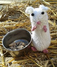 Ozzy the Hamster £5.50 + postage, can be knitted in ANY colours to look like your own real-life hamster! #CRAFTfest