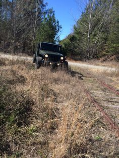 Did a little exploring with my boy (He was camera shy with the doors on) #jeep #jeeplife #Wrangler #jeeps #Cherokee #JeepMafia #offroad #4x4