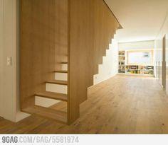 Escada suspensa! O.o