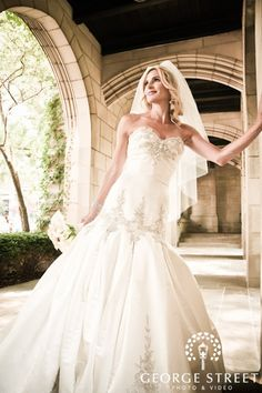 Beautiful #wedding dress! I absolutely #love the mermaid #dress!