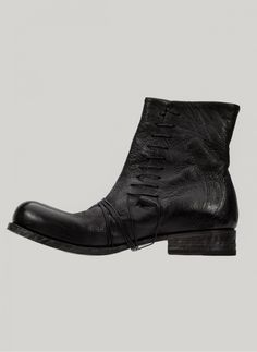 Obscur - HV13-43 Side Lace Boot http://cruvoir.com/en/obscur/1319-hv13-43-side-lace-boot.html