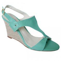 Sandália Gika da Shoes4you.  Só R$49,99 se for sua 1ª compra