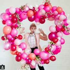 @houselarsbuilt just keeps raising the bar for awesomeness.  Check out her heart balloon tutorial!  Love!