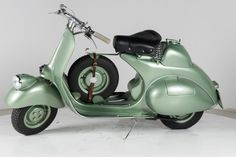 A must have in every garage. Vespa GL150-1958.