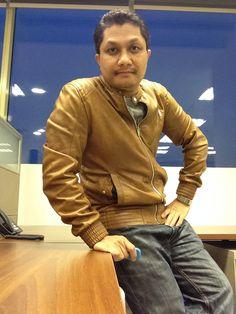 JayQ on oak brown Leather Jacket from Zara.