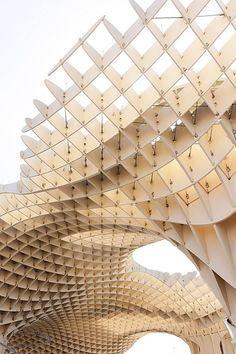 Metropol Parasol - Barcelona  #architecture #barcelona #architettura #missingbarca #kenepaarchilovers