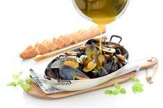 Mejillones en salsa picante, al estilo de Zamora, con Thermomix® Salsa Picante, Food N, Fish And Seafood, Healthy Eating, Favorite Recipes, Cheese, Big Fish, Outlet, Tapas
