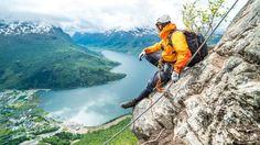 I fjor fikk han drømmejobben med å gå Norge på kryss og tvers. Hvilke turer likte han best? Her deler han sine favoritter.