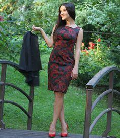 Rochie de seara scurta din saten elastic brocat cu motive florale #yokkoinspiration #yokkothefashionstore #dress #fallwinter2015 #yokkoromania #fw15 #onlineshopping #fashion #madeinromania #outfit #feminity