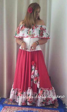 Saia de fenda com floral modelo encanto florido saia cigana floral gypsy skirt dança cigana gypsy dance floral skirt www.facebook.com/ateliecigano