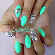 Like the mint color