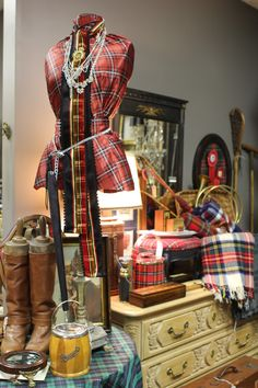 Romancing the Home: Another Update for Tartan, Toddies and Rhinestones