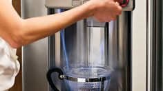 Hot-water-dispenser in s fridge