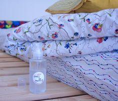 Sprej do postele pro sladké spaní - Kosmetika hrou Bed Pillows, Homemade, Zero Waste, Image, Pillows, Home Made, Hand Made