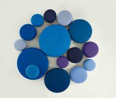 fabric-pouf-soft-round-ottoman-arper-3.jpg