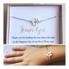 Flower girl bracelet, toddler flower girl bracelet, personalized flower girl gift, flower girl jewelry, little girl bracelet, chil