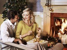Absolutely beautiful Christmas :) (With Anja Rubik)     http://www.apart.pl/pl/wydarzenia,lista_2012_561