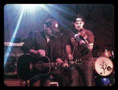 Randy Rogers Band - Randy Rogers and Brady Black ... love it!