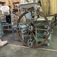 """Милые сердцу штучки: """"Старые колеса и еще немного креатива"""""""