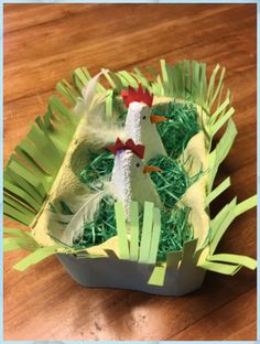 An Easter nest from a lütt egg box. - Basteln mit Kids - An Easter nest from a lütt egg box. Easter Crafts For Kids, Preschool Crafts, Diy For Kids, Easter Art, Easter Eggs, Diy And Crafts, Paper Crafts, Egg Carton Crafts, Spring Crafts
