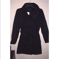 "Peacoat NWT | Asian Size L = USA size Medium Color: Black Details:  •Comes w/two belts (Polka dot & solid colored).   •Double collar (you can wear the inside one up to warm your neck while wearing the other down).   Buy w/a ""Cozy Infinity Scarf"" for a special discount!  ❕ Reasonable offers accepted  Ships Same or Next Day   Bundle discounts available ❌ No trades or PP  Smoke Free Home Jackets & Coats Pea Coats"