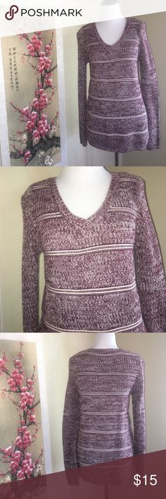 Emily Rose Knit Sweater Burgundy and White knit sweater from Emily Rose. Size Small. Perfect condition! Super warm and cozy. Comes from a smoke free home. Emily Rose Sweaters V-Necks
