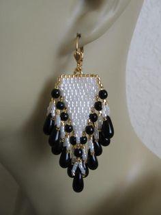 Beadwoven Seed Bead Earrings Black/White by pattimacs on Etsy
