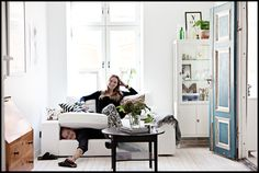 nordic-bliss-scandinavian-style-lonngrenwidell-tant-johanna-living.png (1036×696)