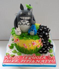 I want a Totoro cake.