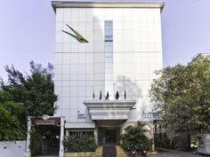 Pune Hotel The Golden Emerald India, Asia Located in Pune Central, Treebo Golden Emerald is a perfect starting point from which to explore Pune. The hotel offers guests a range of services and amenities designed to provide comfort and convenience. Facilities like free Wi-Fi in all rooms, 24-hour front desk, Wi-Fi in public areas, car park, room service are readily available for you to enjoy. Guestrooms are designed to provide an optimal level of comfort with welcoming decor an...