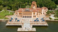 Enjoy the Royal Treatment at These 5 American Castles | Ca' D'Zan, the Ringling Estate in Sarasota, Florida