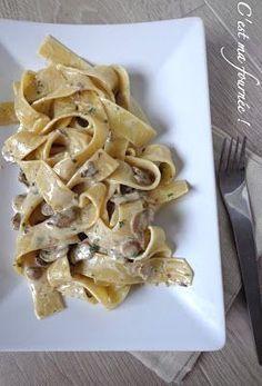 Comme je l'ai souvent dit, j'adore cuisiner les pâtes. Après les tagliatelles au citron , les farfalles au saumon , ...