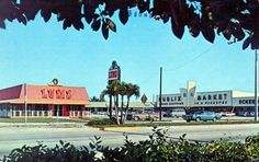 Vintage Publix and Eckerds in tye background. Awesome.